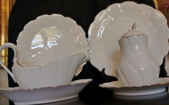 beau service en porcelaine de limoges 74 - Annonce gratuite marche.fr