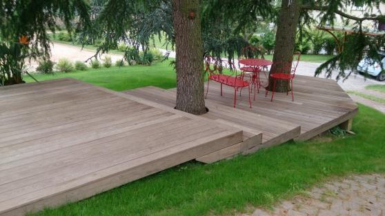 Petite Annonce : Plancher frene pour terrasses exterieurs - Fabrication artisanale soignée et manuelle. Travail de qualité par