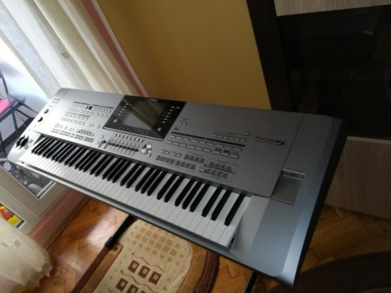 Annonce occasion, vente ou achat 'Yamaha Tyros5 76 touch'