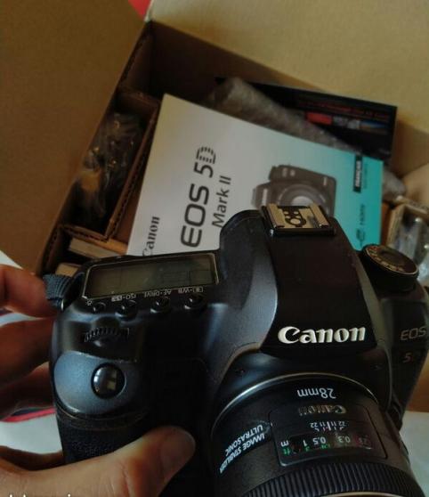 Canon eos 5D mark II 5d2 BG-E6 CF 64go 1