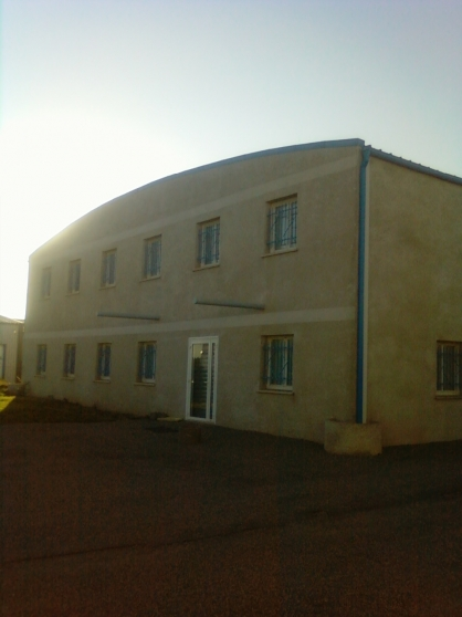 LOUE LOCAL COMMERCIAL 575m²