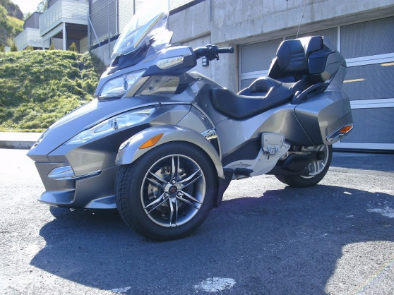 can am spyder occasion moto vente. Black Bedroom Furniture Sets. Home Design Ideas