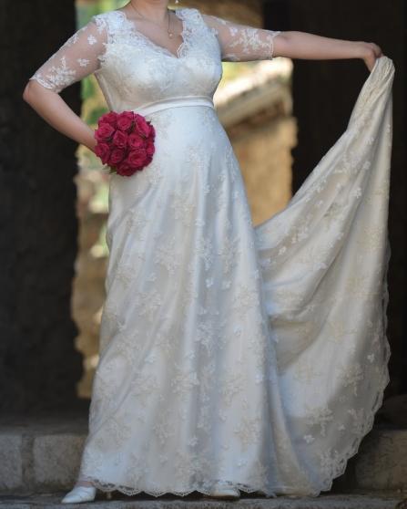 Robe De Mariee A Valence Vetements Femme Robes De Mariee A