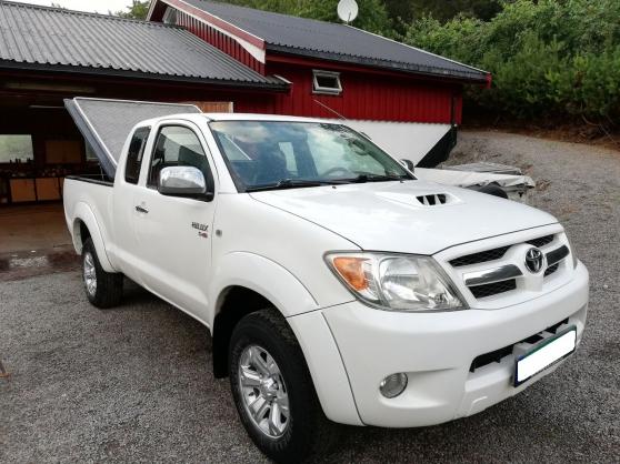Annonce occasion, vente ou achat 'Toyota HiLux D-4D 120hk X-Cab 4wd ,SR5'