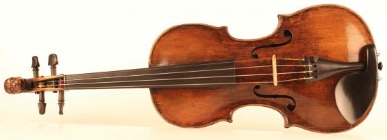 Annonce occasion, vente ou achat 'Vieux violon d\'Aegidius Kloz'