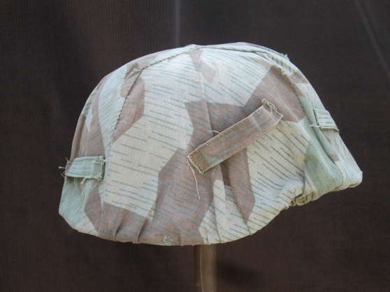 Annonce occasion, vente ou achat 'Rare couvre casque Allemand'