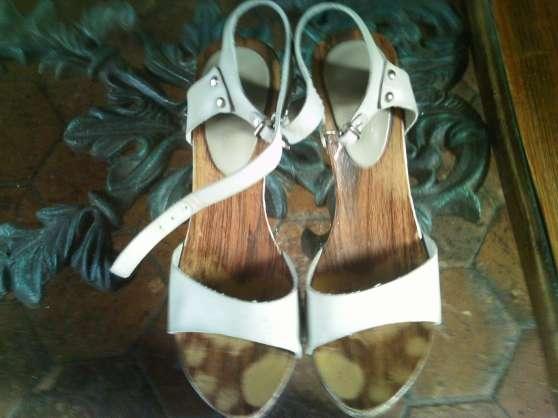 sandales usees
