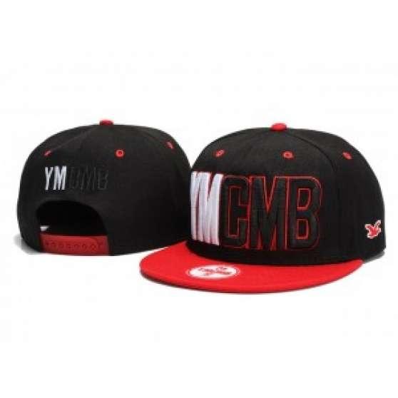 Casquette YMCMB Noir / rouge