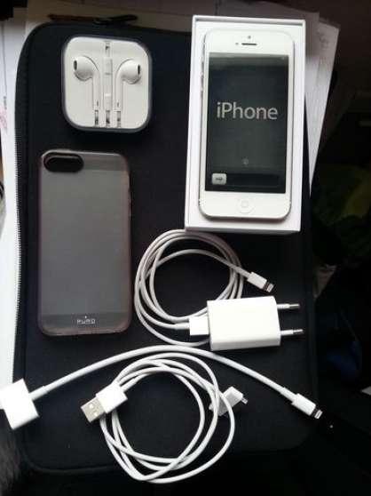 iPhone 5 blanc 16 Go débloqué