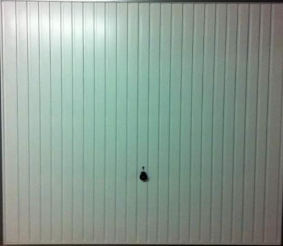 Location box garage ferm face la gar br tigny sur for Garage ford bretigny sur orge