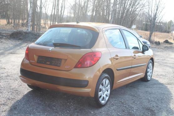 Peugeot 207 1.4 HDI - Photo 2