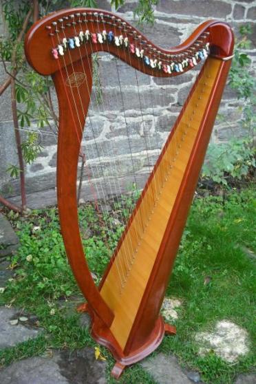 Annonce occasion, vente ou achat 'Magnifique Harpe CAMAC'