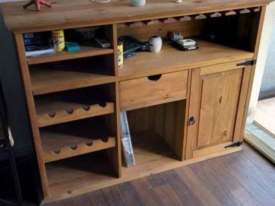 meuble bar fly en bois massif tbe olliou ollioules meubles d coration meuble ollioules. Black Bedroom Furniture Sets. Home Design Ideas