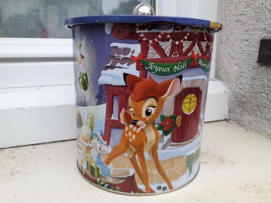 Annonce occasion, vente ou achat 'Boite en fer Wal Disney'