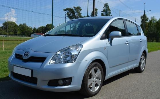 Annonce occasion, vente ou achat 'Toyota Corolla Verso D4-D Techno'