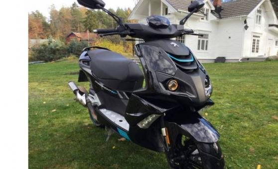 Scooter 50cc Avec Factures Carte grise