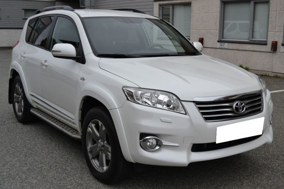 Toyota RAV4 2.2 150HK 4WD, EXECUTIVE