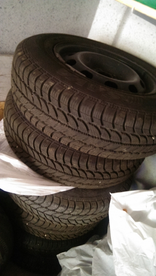 4 pneus 175/80R14