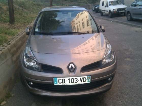 vends clio 3 initiale 1 5 dci 105 ch b ziers auto renault b ziers reference aut ren ven. Black Bedroom Furniture Sets. Home Design Ideas