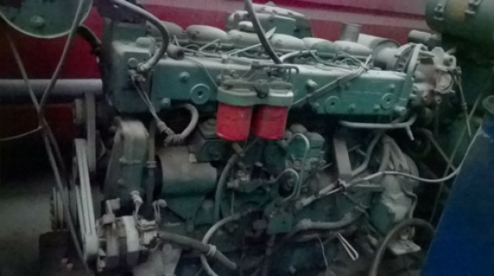 MOTEUR VOLVO PENTA + GRP SIMER - Photo 2