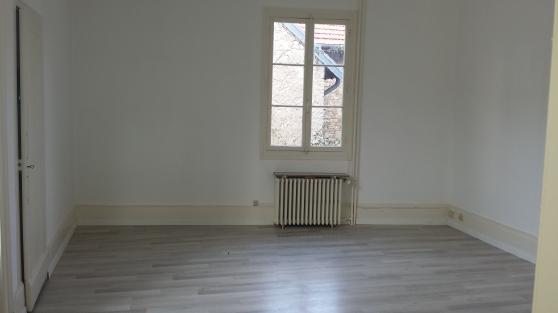 A louer - T3 70 m² dans immeuble calme