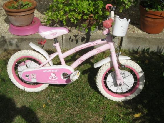 """vélo fille """"hello kitty"""", roues 14"""" - Annonce gratuite marche.fr"""