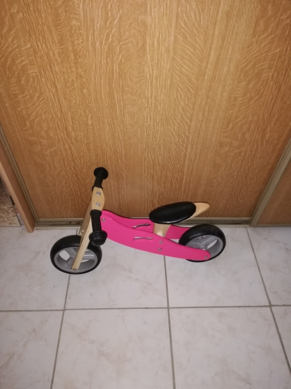 Annonce occasion, vente ou achat 'TRICYCLE BOIS'