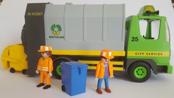 Annonce occasion, vente ou achat 'Playmobil 3121 - Camion ordures vintage'