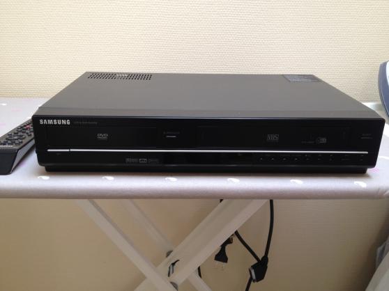 Magnetoscope dvd combi DVD-V6600