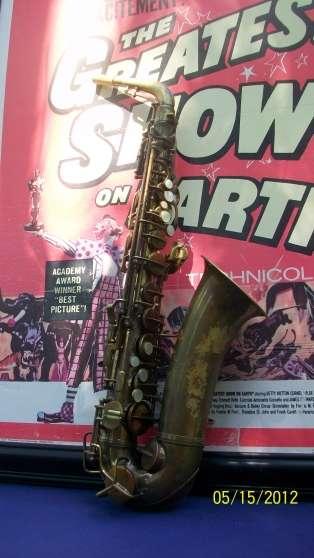 "saxophone alto"" conn"" naked lady( lady"