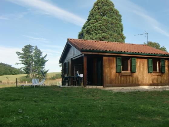 Maison bois brut avec pêche privé