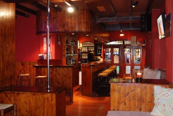 bar avec licence de pub