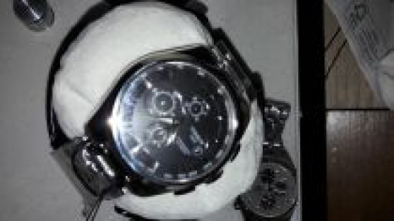 TISSOT Couturier Chrono : NEUVE : T03562