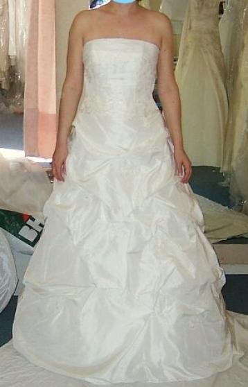 VENDS Robe de mariée Ivoire