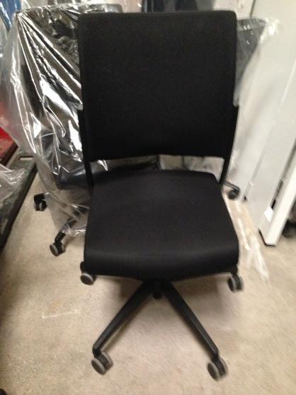Annonce occasion, vente ou achat 'Chaises de bureau'