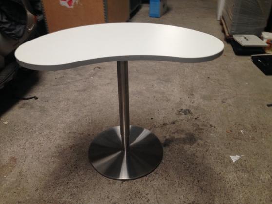 Annonce occasion, vente ou achat 'Table réglable en hauteur'