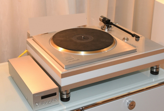 Annonce occasion, vente ou achat 'Technics SP10R Turntable'