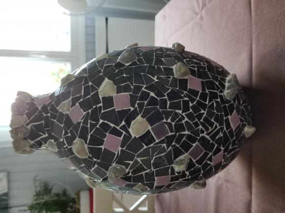Vase en mosaïque violet et noir