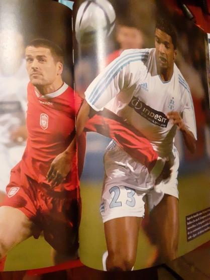 2 ouvrages sur le Football années 2000. - Photo 3