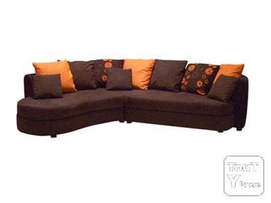 Canap d 39 angle chocolat et orange amfreville meubles for Meuble contre canape
