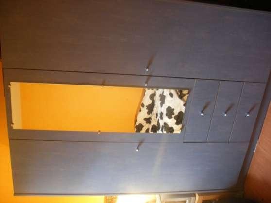 grande armoire en bois bleu d'ébéniste