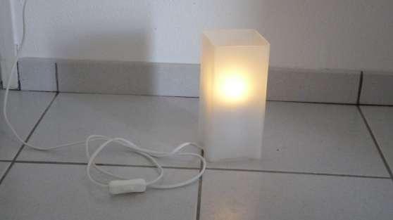 Lampe Ikea verre poli bon état