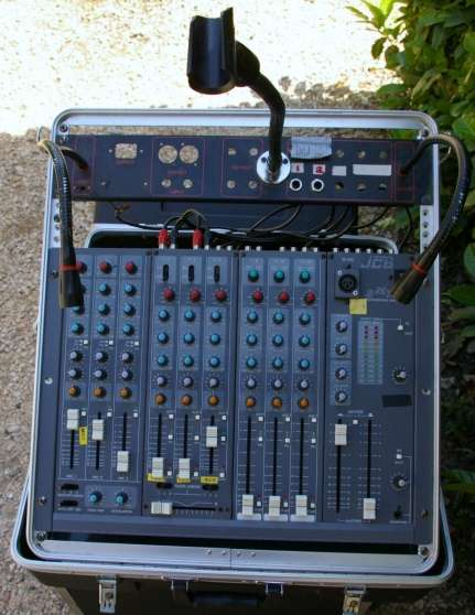 mixage SMX 800 JCB polyvallente