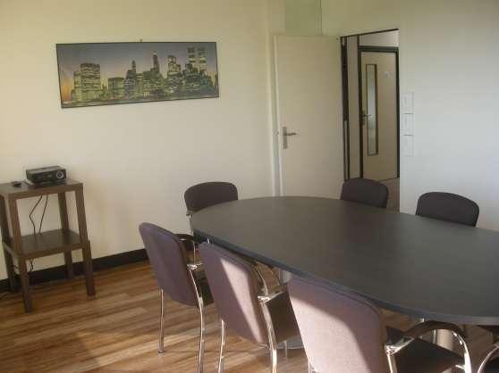 Bureau de 12 m² dans Centre d\'affaires - Photo 4