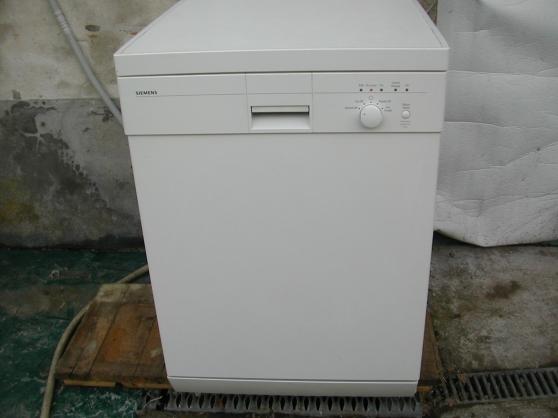 Annonce occasion, vente ou achat 'lave vaisselle siemens 3 ans 1/2'
