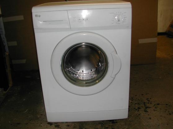 Lave Linge Far 6 K à Lacapelle Viescamp Electroménager