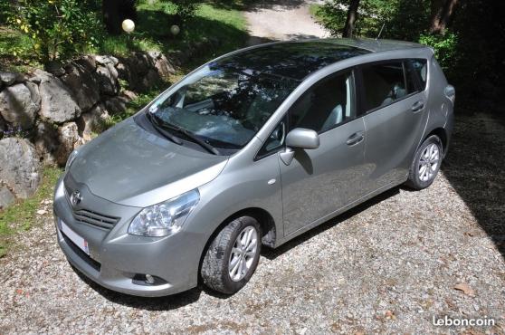 Annonce occasion, vente ou achat 'Toyota Verso 132 VVT-i Essence Lounge'