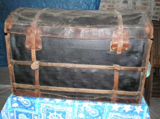 malle ancienne rumaucourt antiquit art brocantes brocante rumaucourt reference ant. Black Bedroom Furniture Sets. Home Design Ideas