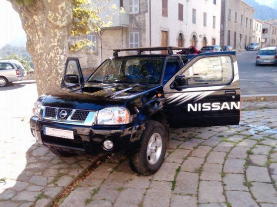 NISSAN Pick up 2.5 TDI 133 DOUBLE CABINE - Photo 2