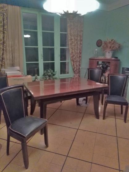 Annonce occasion, vente ou achat 'Table salle à manger'